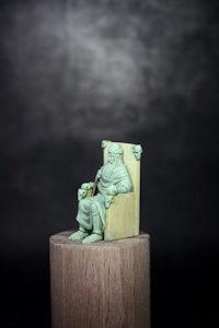 Emperor Tarot Figure Sculpt 200x300